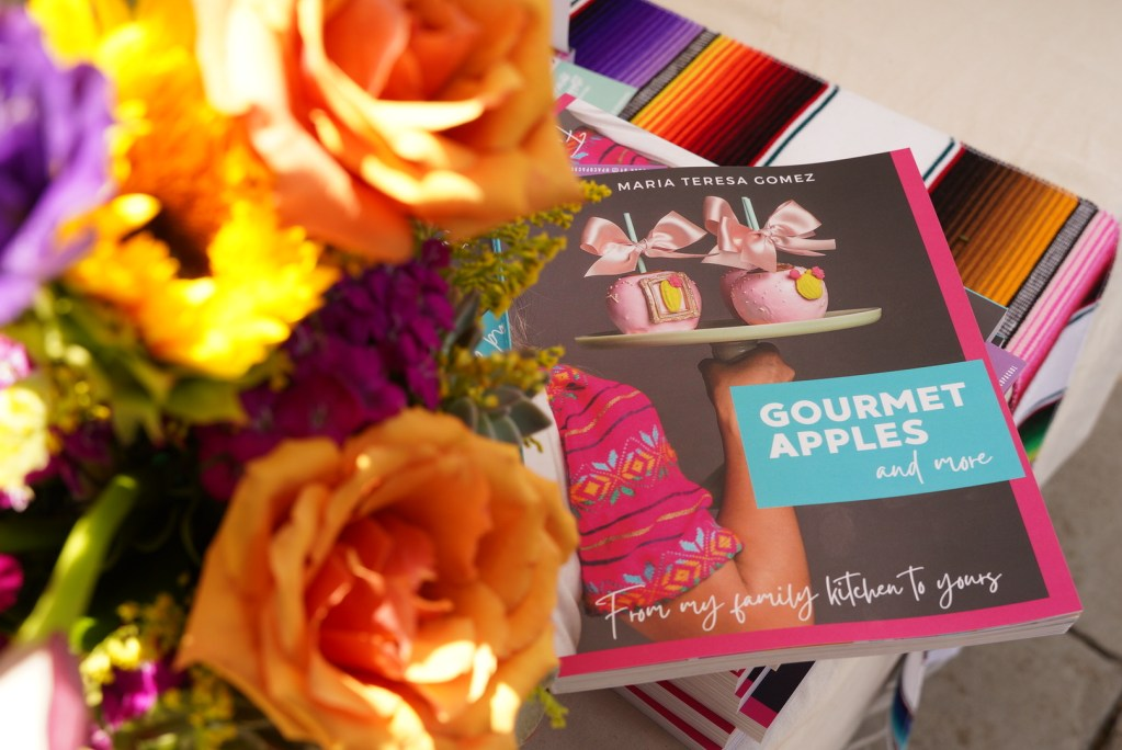 """first book""""Gourmet Apples and More"""""""